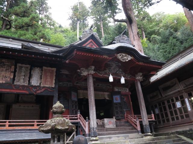 森に囲まれた関東の神社