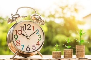NISAはいつまで口座を開設できる?非課税の時期や変更点を紹介