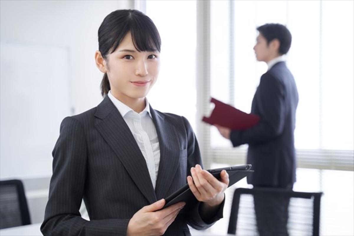 若い女性会社員